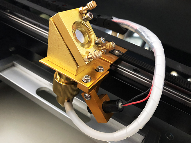 หัวเลเซอร์,เครื่องยิงเลเซอร์,เครื่องเลเซอร์,เครื่องตัดเลเซอร์,เลเซอร์แกะสลัก,เลเซอร์คัท,Laser Cut,Laser Engraving,มินิเลเซอร์,Mini Laser,เครื่องยิงเลเซอร์ตรายาง,เครื่องทำตรายาง