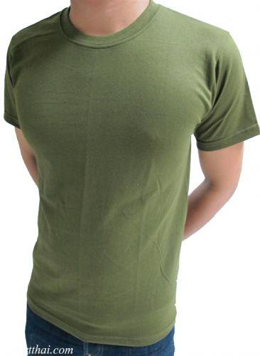 เสื้อยืดสีเขียวขี้ม้า