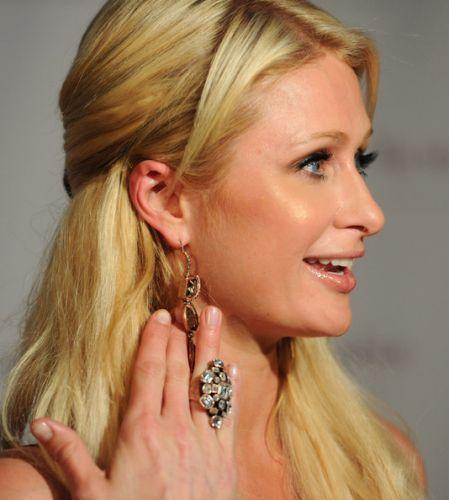 แหวนดารา, แหวนคนดัง, เครื่องประดับคนดัง, คนดังแต่งตัว, เครื่องประดับดาราฮอลรีวู๊ด, แหวนดาราฮอลรีวู๊ด, ขายแหวนดารา, ขายแหวนคนดัง, ขายแหวนนักร้อง, ขายแหวนไฮโซ, ขายแหวนอลังการ, ขายแหวนสุดหรู, การแต่งตัวดารา, ดาราแต่งตัว, แต่งตัวตามดารา, แต่งตัวตามคนดัง, แต่งตัวสไตล์คนดัง, แต่งตัวสไตล์ไฮโซ, คนดังแต่งตัวแบบไหน, แต่งตัวแบบเซเล็ป, เซเลปแต่งตัว, เซเลบริตี้แต่งตัว, แต่งตัวซุปตา,ซุบตาแต่งตัว, เครื่องประดับซุบตา, เครื่องประดับซุบตา, แหวนค็อกเทลดารา, แหวนค็อกเทลซุบตา, แหวนค็อกเทลซปตา, ขายแหวนซุบตา, ขายแหวนซุปตา, ซุบตาแต่งตัว, เครื่องประดับของซุปตา,