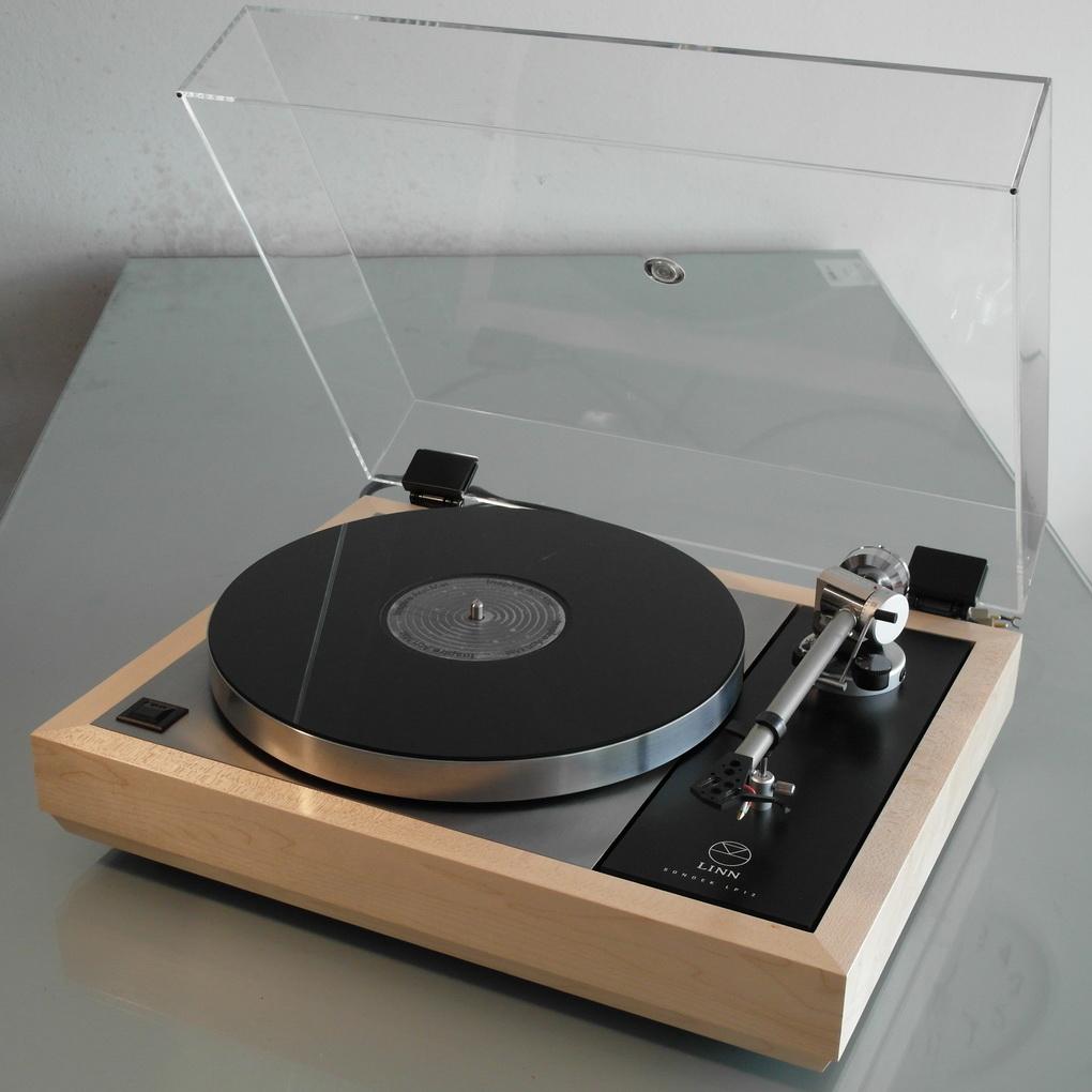 Restored for Sale ล่าสุด LINN LP12 Upgrade สอบถามเพิ่มเติมได้ครับ โทร. 084 560 3199