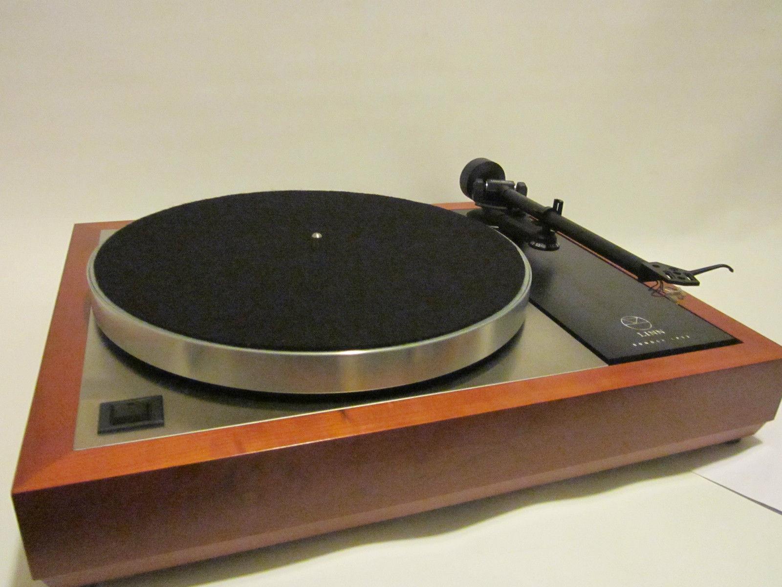 Pre-owned for Sale ล่าสุด Original LINN LP12 SONDEK + VALHALLA + AKITO + Boxed + Setup สอบถามเพิ่มเติมได้ครับ โทร. 084 560 3199