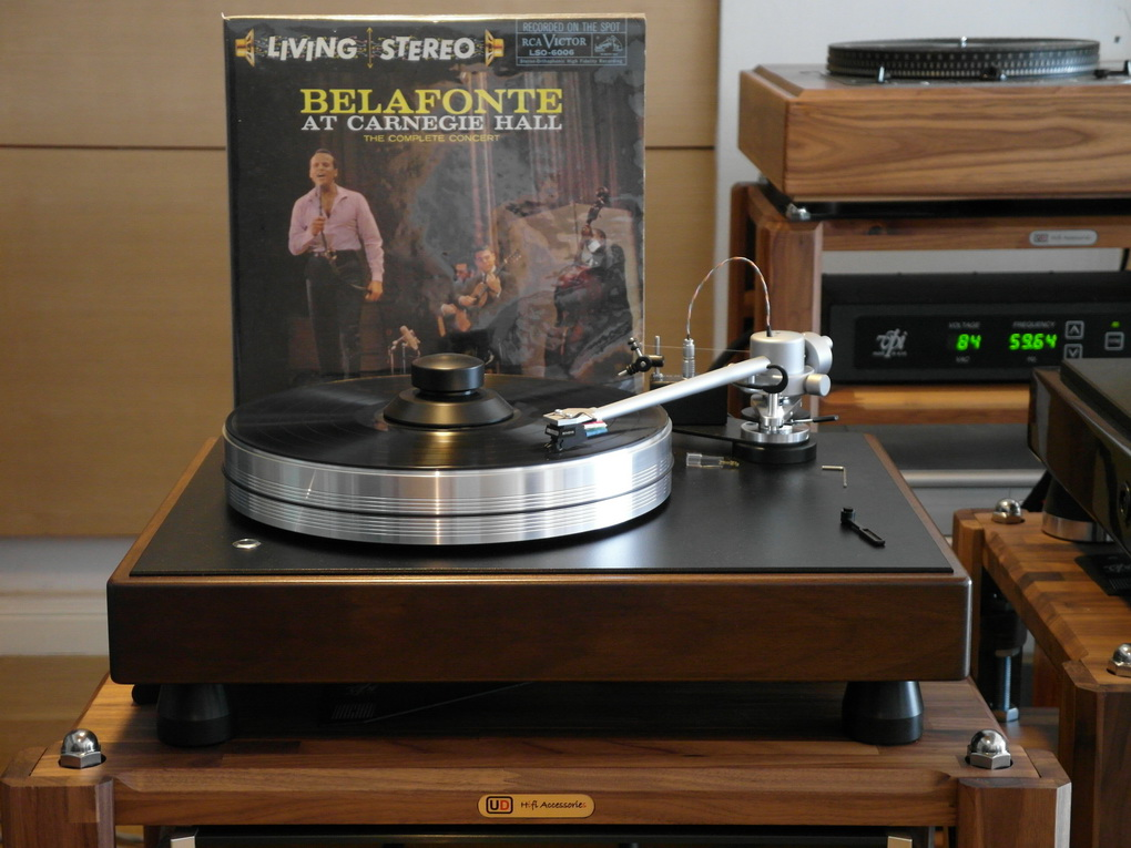RCA LIVING STEREO LSO-6006 BELAFONTE AT CARNEGIE HALL THE COMPLETE CONCERT 180 GRAM; 33 RPM
