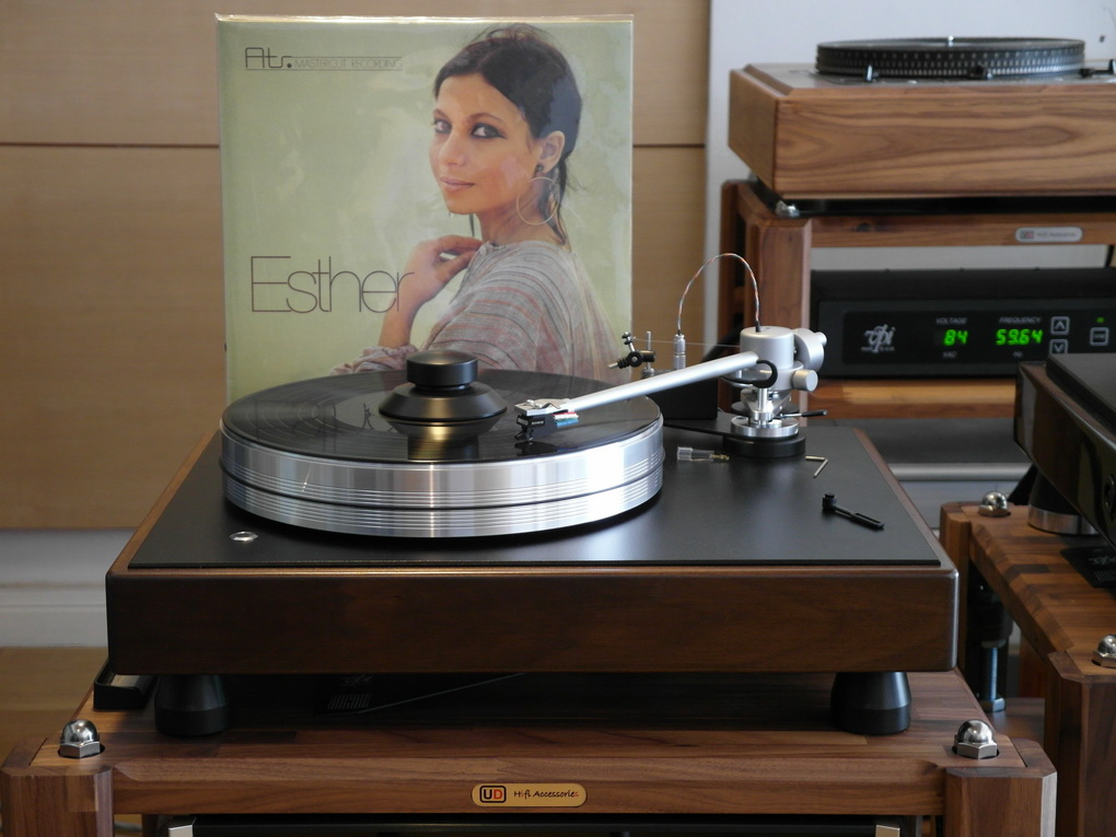 Esther Atr-MASTER CUT RECORDINGS W. GERMANY 160 GRAM; 33 RPM