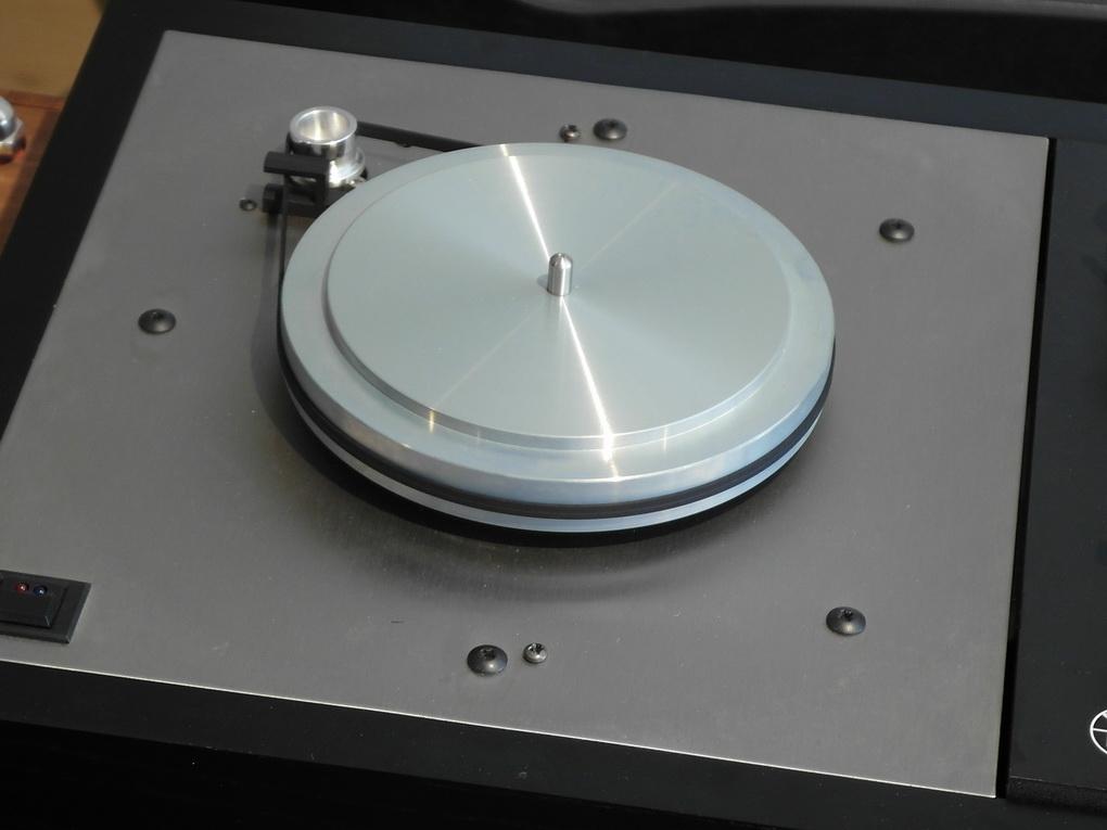 LINN LP12 #825 + HERCURES + ITTOK LV II + Adikt. + Boxed + Setup + ไฟน์จูน สอบถามได้ครับ โทร. 084 560 3199