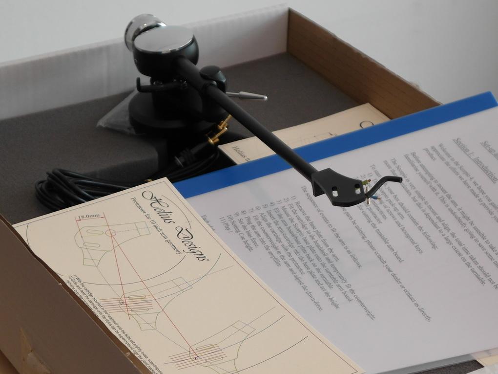 """Helius Scorpio 4 Silver wired 10"""" tonearm + Boxed"""