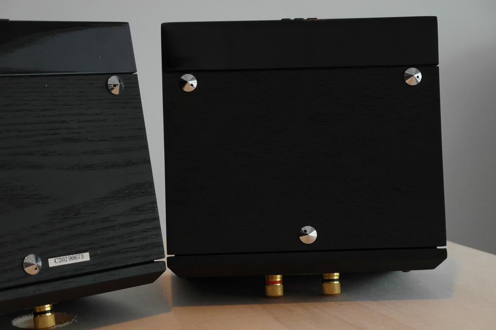 JBL UT-405 Ultra High Frequency Tweeter Boxed สอบถามได้ครับ โทร. 084 560 3199