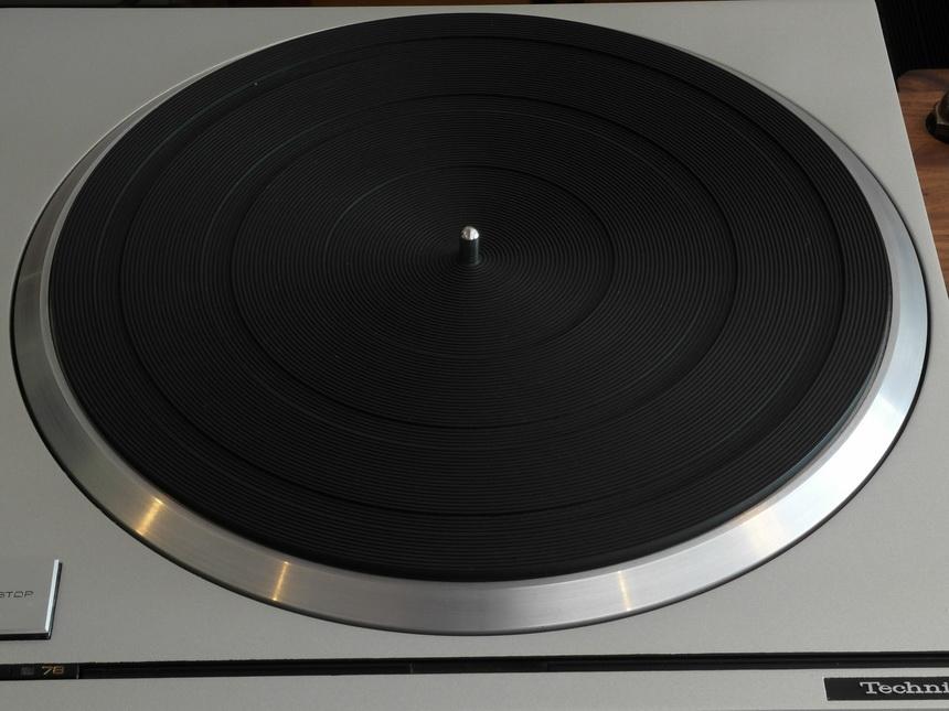 Technics SP-10 mk 2 #009 + PSU + 33/45/78 rpm สอบถามได้ครับ โทร. 084 560 3199