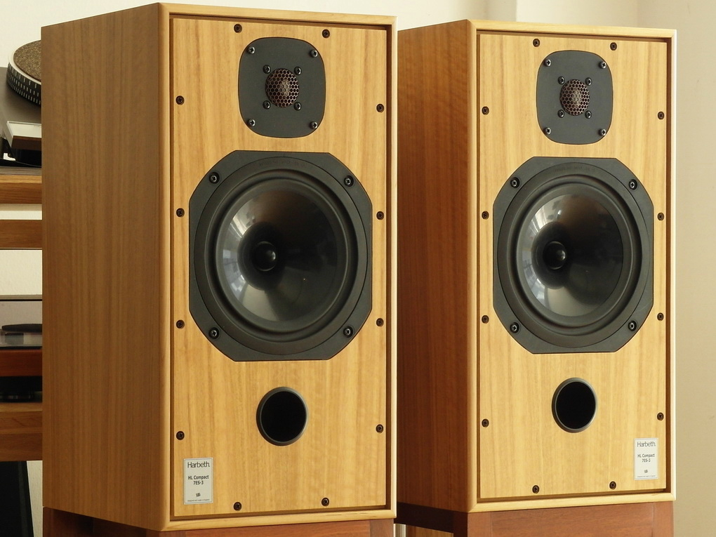 Harbeth HL Compact 7ES-3 Eucalyptus #888 + Boxed สอบถามเพิ่มเติมได้ โทร. 084 560 3199