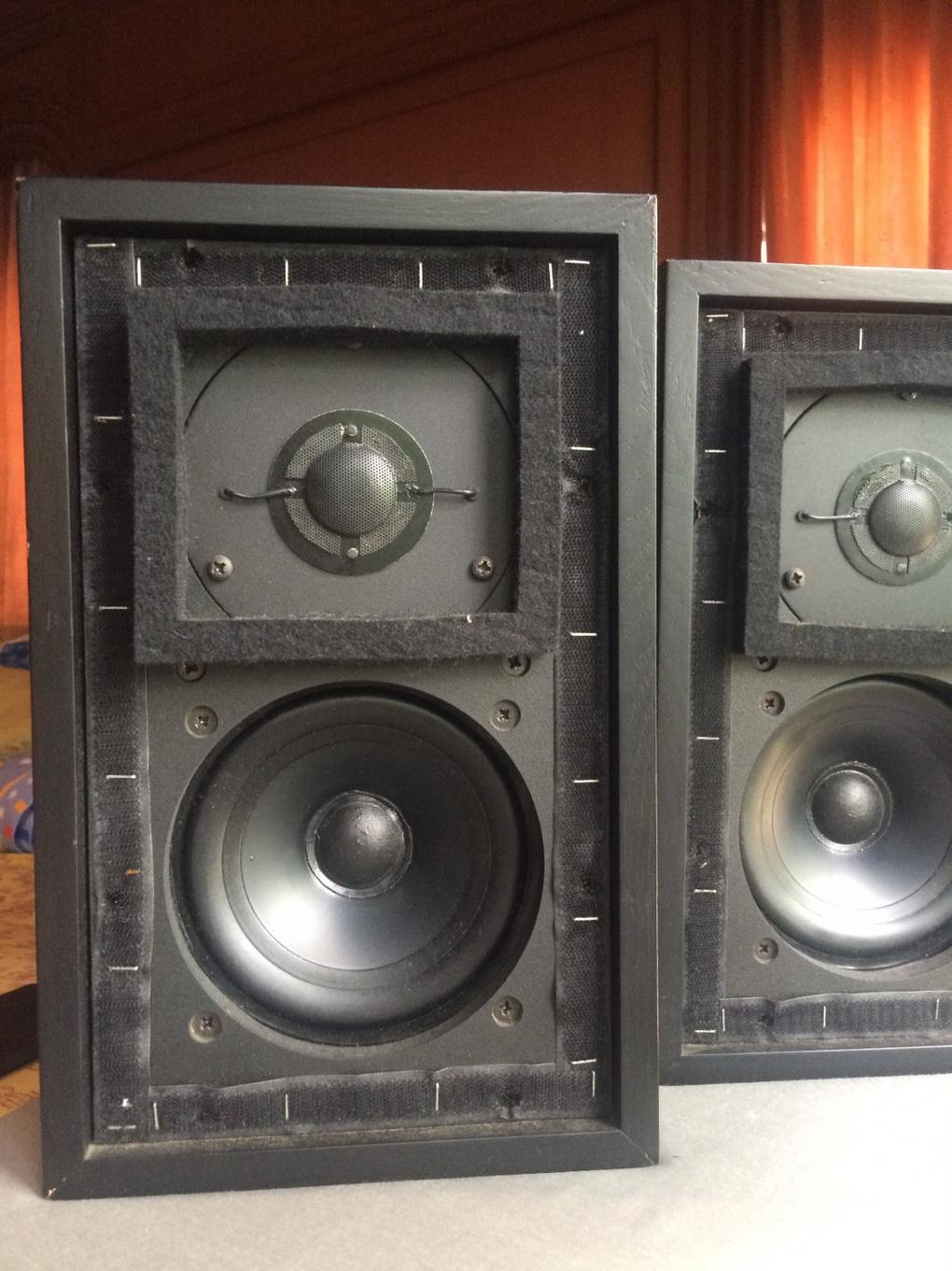 Rogers LS3/5a Blackash finished 11 ohms ทดลองฟังได้ที่ร้านครับ