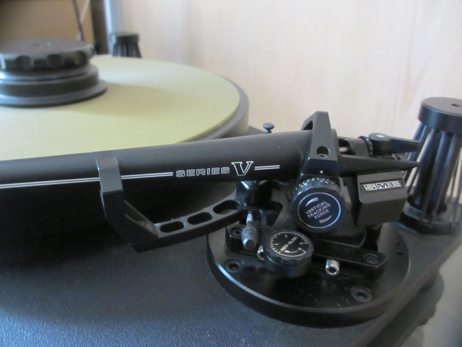 For Sale SME 20/2 + Power Supply + Series V tonearm ราคา 239,000.- โทร. 084 560 3199 Line: audiodirect