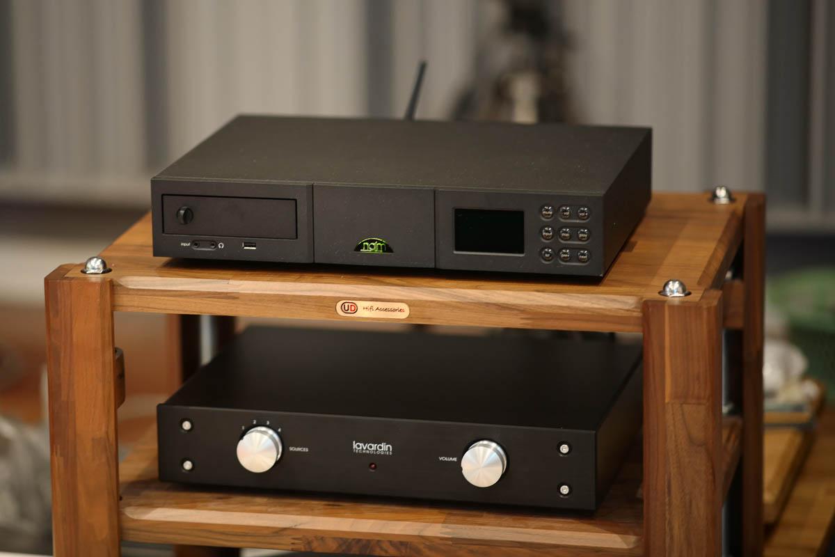 Lavardin Technologies Model IS MM ใช้แล้ว มีกล่อง 65,000 บาท Naim Uniti ใช้แล้ว ซีดี + แอมป์ในตัว มีรีโมท 55,500 บาท