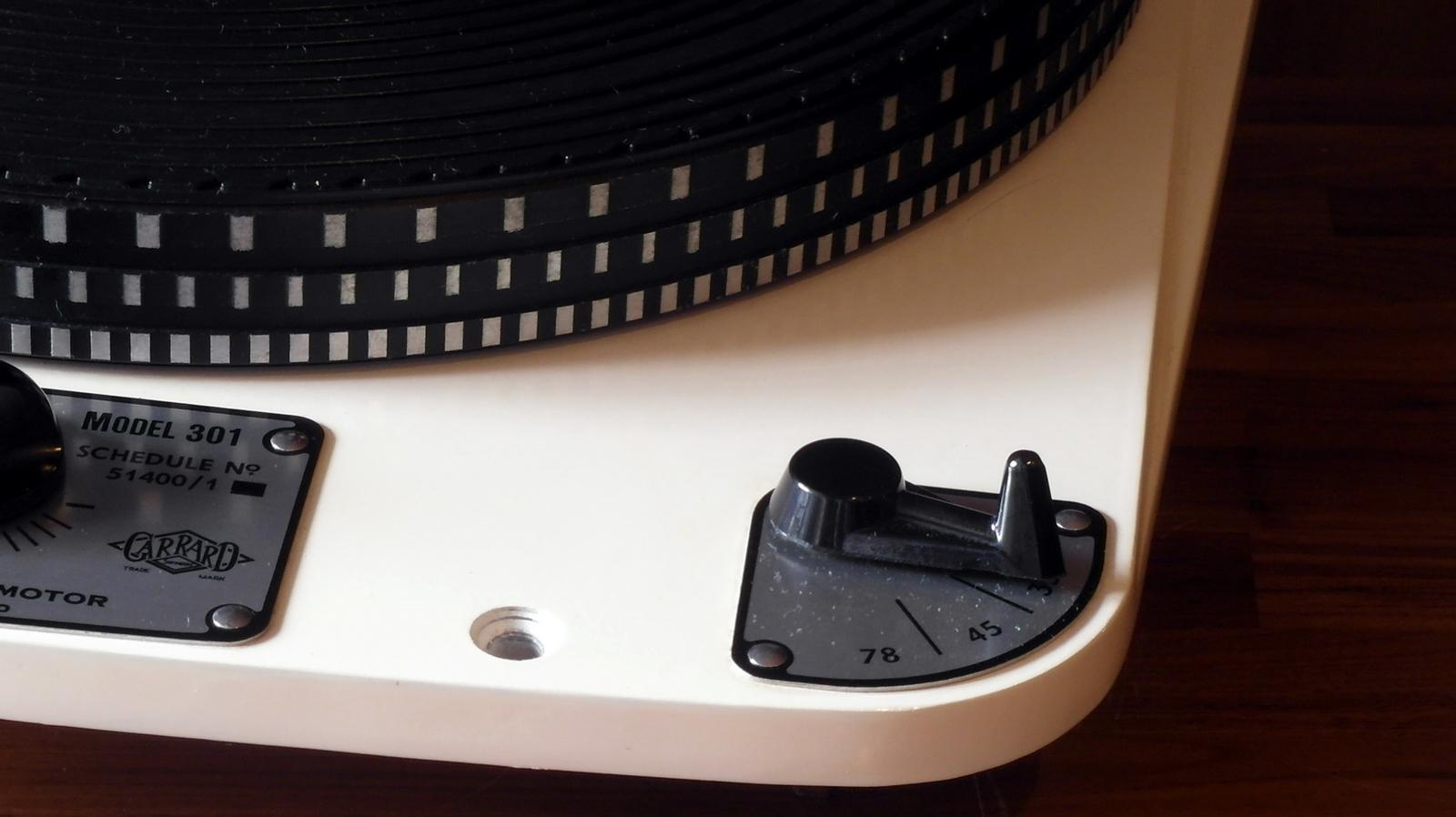 Original Garrard 301 #17088 Ivory Rimless Grease bearing