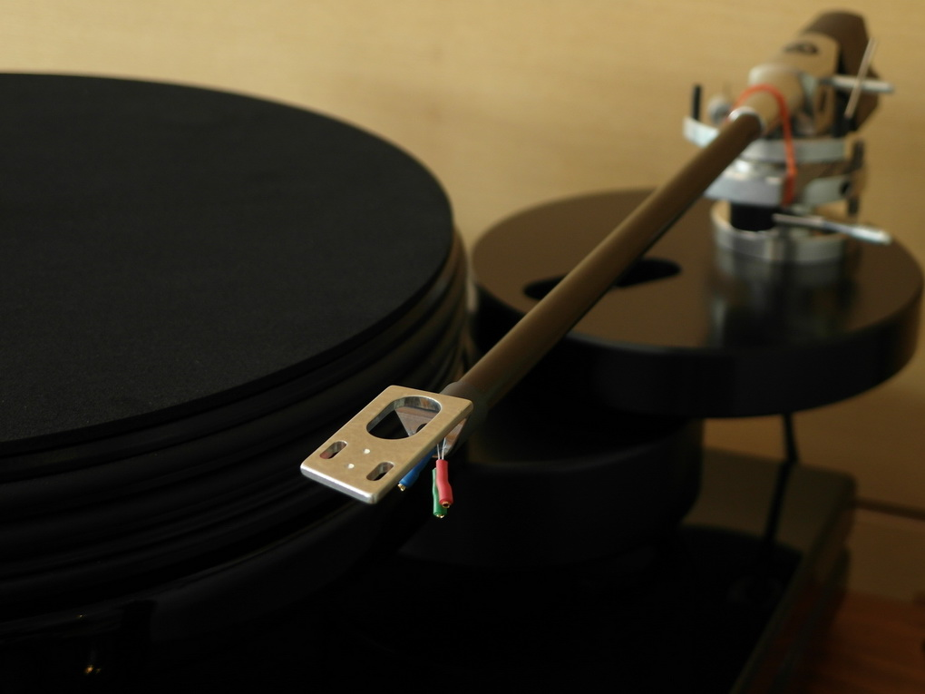 "Nottingham Analogue Spacedeck + 12"" Ace Space Tonearm"