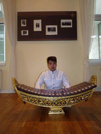รับบรรเลงดนตรีไทยรับบรรเลงดนตรี ดนตรีไทย วงดนตรีไทย งานวิวาห์ พิธีไทยๆ บรรยากาศไทยๆ วงกลองยาว แห่กลองยาว
