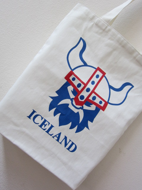 ถุงผ้าดิบ, กระเป๋าผ้าดิบ, ลดโลกร้อน ,ผ้าดิบลายสอง, ผ้าแคนวาส, สกรีนลาย, ออกแบบ, baginlove.com, งานแต่ง, หน่วยงาน, ราชการ, เอกชน, Icelane, ไอซ์แลนด์