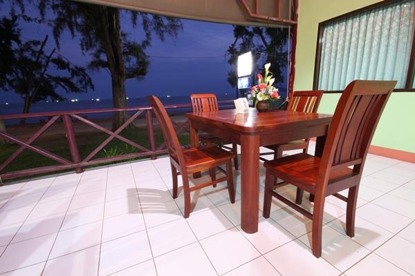 Bangburd Resort restaurant