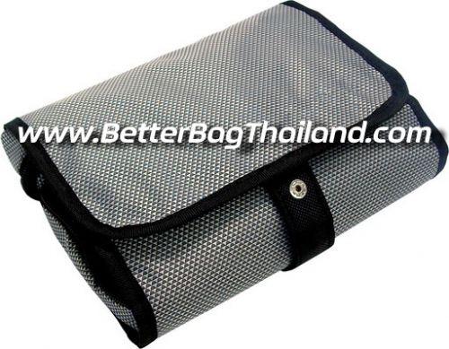 รับผลิตกระเป๋าเก็บของใช้ส่วนตัวดีไซน์ทันสมัย