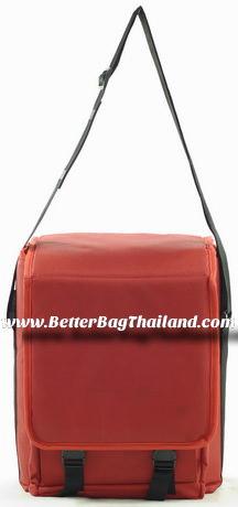 รับสั่งผลิตกระเป๋าเก็บความร้อนขนาดเล็กพกพาสะดวก
