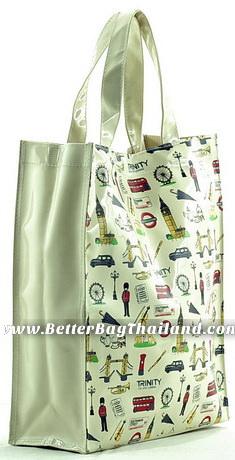 โรงงานผลิตกระเป๋าหนังแก้ว รับผลิตกระเป๋าหนังแก้วทุกชนิดจำนวน 100 ใบ