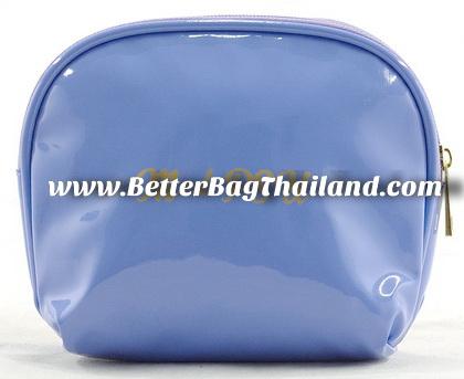 กระเป๋าเก็บของใช้ส่วนตัวจำพวกเครื่องสำอางค์ต่างๆ