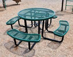 ตะแกรงเหล็กฉีก ใช้ทำโต๊ะและเก้าอี้