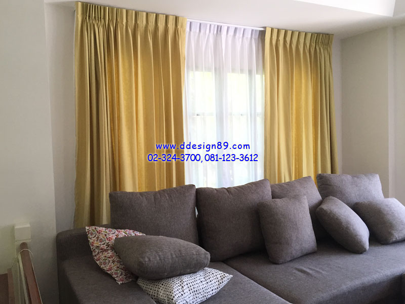 ติดตั้งผ้าม่านสีเหลืองและผ้าขาวบาง ม่านติดห้องนั่งเล่น ม่านสีเหลืองติดห้องนั่งเล่น