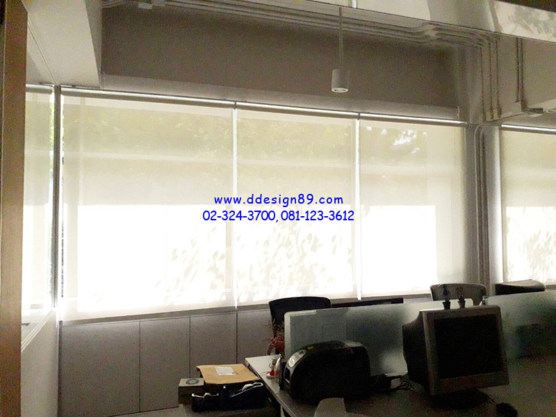 ติดตั้งม่านม้วนภายในออฟฟิศ สำนักงาน ม่านม้วนสีขาว ม่านกันแสง ที่ นิคมอุตสาหกรรมอัญธานี เจโมโปลิส