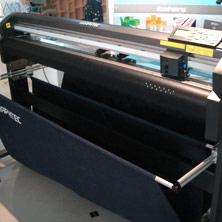 เครื่องตัดสติกเกอร์ Graphtec FC8000-60,เครื่องตัดสติ๊กเกอร์,ตัดสติ๊กเกอร์,เครื่องสติกเกอร์,สติกเกอร์,FC8000-60,สติ๊กเกอร์,สะติกเกอร์,