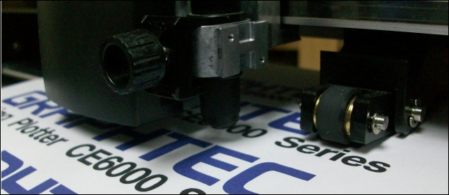 เกี่ยวกับตัดสติ๊กเกอร์, สติ๊กเกอร์, ขายสติ๊กเกอร์, ร้านตัดสติ๊กเกอร์, วิธีตัดสติ๊กเกอร์, ร้าน รับ ตัด สติ๊กเกอร์, โปรแกรมตัดสติ๊กเกอร์, , SERVO MOTER, ระบบ ARMS 5.0, AUTOMATIC UP-DOWN SENSOR, กราฟเทค (GRAPHTEC), เซ็นเซอร์ ระบบใหม่ล่าสุด,  AUTOMATIC UP-DOWN SENSOR, เครื่องตัดสติ๊กเกอร์ FC8000, เครื่องตัดสติ๊กเกอร์ CE5000 Series, Windows 8, ไดคัทฉลากสินค้า