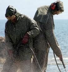 ฉีดคลุมให้ทั่วบริเวณที่ปนเปื้อนคราบน้ำมัน ด้วย Oil Spill Control - KEEEN