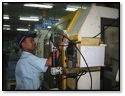 ล้างทำความสะอาดเครื่องมือ เครื่องจักร ในการบำรุงรักษา