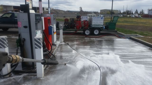 KEEEN สูตร Oil Spill Control กำจัดคราบน้ำมัน