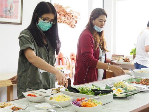ปลูกผักไฮโดร เรียนปลูกผัก อบรมปลูกผักไร้ดิน กรุงเทพ hydroponics ไฮโดรโปนิกส์