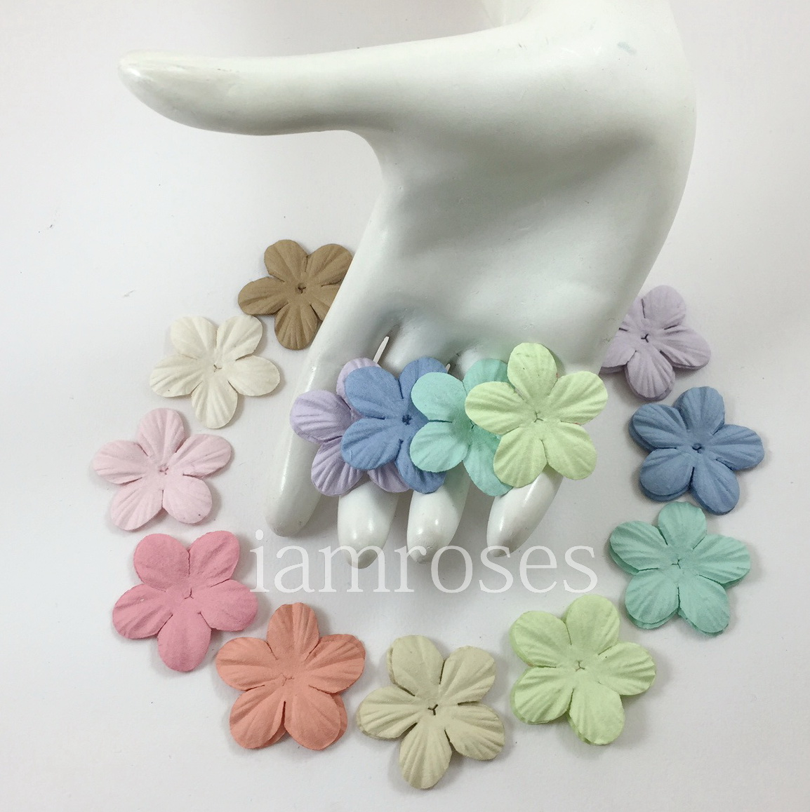 500 Mixed Soft Pastel Scrapbooking Paper Flowers