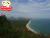 รูปภาพ ชมทิวทัศน์ทะเล  จากลานหน้าองค์พระใหญ่หรือพุทธกิตติสิริชัยและบริเวณพระตำหนักมองไปทางทิศใต้  จะเห็นชายหาดบ้านกรูด