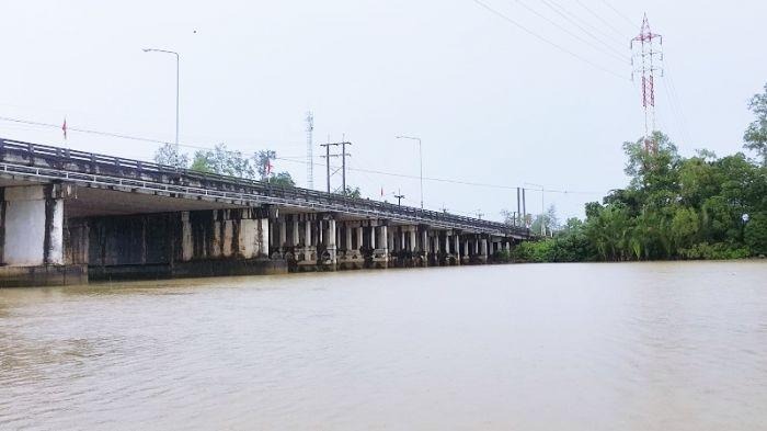 สะพานข้ามแม่น้ำตราด