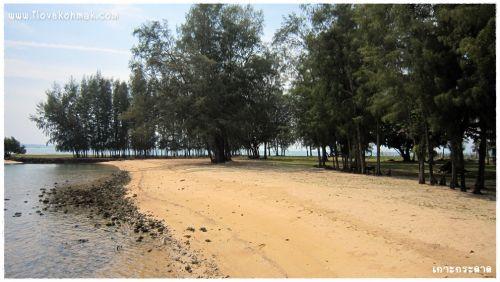 หาดบริเวณหน้าเกาะกระดาด