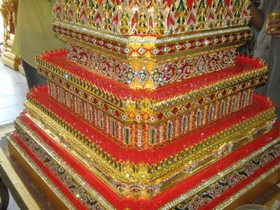 ส่วนฐานของบุษบก 15 นิ้วที่งดงามมีคุณค่าศิลปไทย
