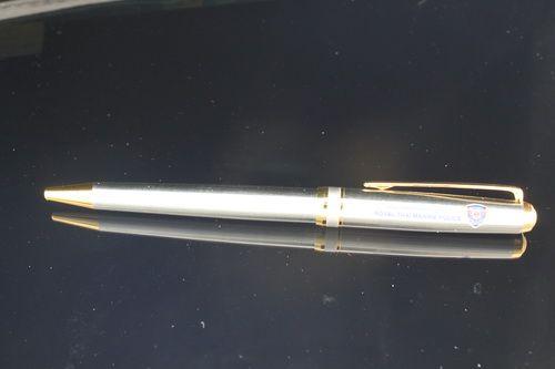 ปากกาของขวัญปีใหม่ ปากกาโลหะ