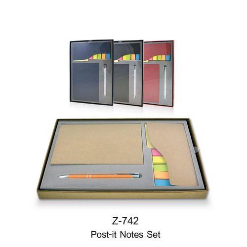 กิ๊ฟเช็ตสมุดโน๊ต พรีเมี่ยม: สมุดโน๊ตรีไซเคิล+ปากกาโลหะ+ชุดเช็ตโพสอิท  ภายในสมุดโน๊ต   กระดาษถนอมสายตา