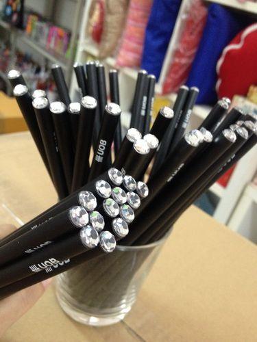 ดินสอไม้,ของพรีเมี่ยม,ของที่ระลึก,ของขวัญปีใหม่,ของที่ระลึกเกษียณอายุราชการ,ของที่ระลึกงานศพ ของขวัญแจกพนักงานดินสอ, ของพรีเมี่ยม,ของที่ระลึก