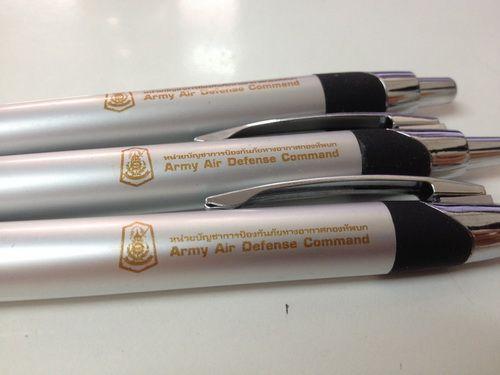 ปากกาพรีเมียม,ปากกา
