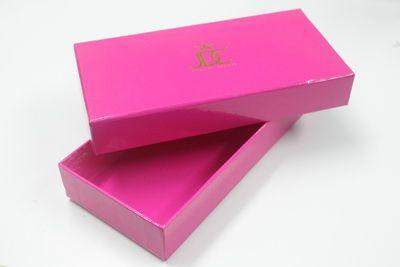 กล่อง,ของพรีเมี่ยม,ของที่ระลึก,ของขวัญปีใหม่,ของที่ระลึกเกษียณอายุราชการ,ของที่ระลึกงานศพ ของขวัญแจกพนักงานกล่องกระดาษคุณภาพสูง พิมพ์สีอย่างดี พิมพ์โลโก้ทองสวยงาม รับทำกล่องกระดาษตามความต้องการ