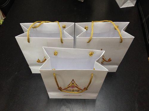 ถุงกระดาษ,ของพรีเมี่ยม,ของที่ระลึก,ของขวัญปีใหม่,ของที่ระลึกเกษียณอายุราชการ,ของที่ระลึกงานศพ ของขวัญแจกพนักงาน