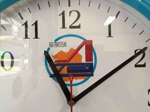 นาฬิกาแขวนผนัง,ของพรีเมี่ยม,ของที่ระลึก,ของขวัญปีใหม่,ของที่ระลึกเกษียณอายุราชการ,ของที่ระลึกงานศพ ของขวัญแจกพนักงานนาฬิกาแขวนผนัง แบบเดินเรียบ