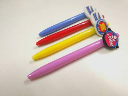 ปากกายางหยอด หลากหลายสีสัน สามารถออกแบบโลโก้ยางหยอดเองได้ตามต้องการ ปากกาพรีเมี่ยมในโอกาสต่างๆ