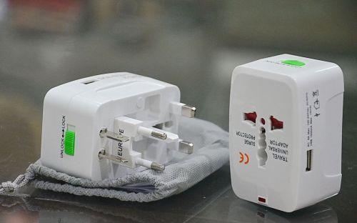 ปลั๊กไฟฟ้าระบบสากล