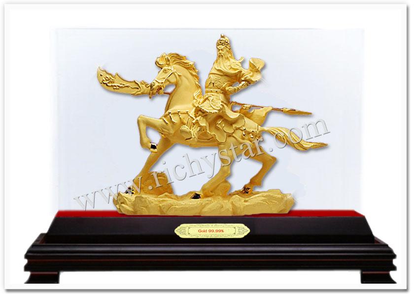 สินค้ามงคล ของมงคล เทพเจ้าจีน เจ้าแม่กวนอิม ทอง99.99 เทพเจ้ากวนอูขี่ม้า กวนอูขี่ม้า เทพกวนอูทรงม้า เทพเจ้าจีนกวนอูขี่ม้า ของขวัญผู้ใหญ่ ของขวัญทหาร ของขวัญตำรวจ ของขวัญนักการเมือง ของขวัญนักกฎหมาย ของขวัญมงคล ของขวัญปีใหม่ ตุ๊กตาจีนมงคล รูปปั้นทอง99.99  ตุ๊กตาทอง99.99  รูปปั้นทองทราย รูปปั้นทองพ่นทราย