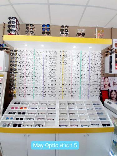 ตู้โชว์แว่นตา เสาวางแว่นอคิลิค สีเหลือง ไฟดาวไลท์ ช่องใส่แว่นตา เคาน์เตอร์ เฟอร์นิเจอร์ ตามสั่ง กระจกเงา