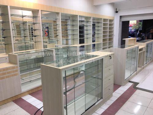 ร้านขายยา เคาน์เตอร์ ชั้นวางยา ตกแต่งร้านขายยา เฟอร์นิเจอร์ บิวอิน ตู้กระจก